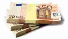 15000 Euro in 50 Euroscheinen