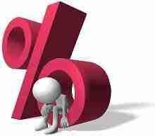 Nachdenkliche 3D Figur in rotem Prozentsymbol